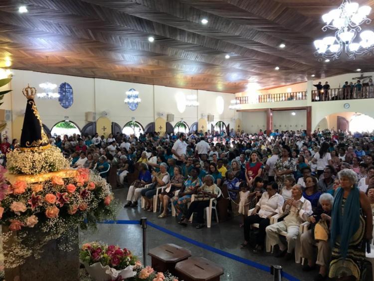 Cerca de 4 mil pessoas compareceram às primeiras celebrações