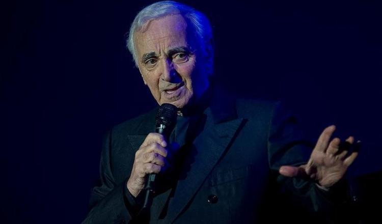 Dono de uma carreira com números superlativos, ele compôs mais de mil músicas - Foto: AFP