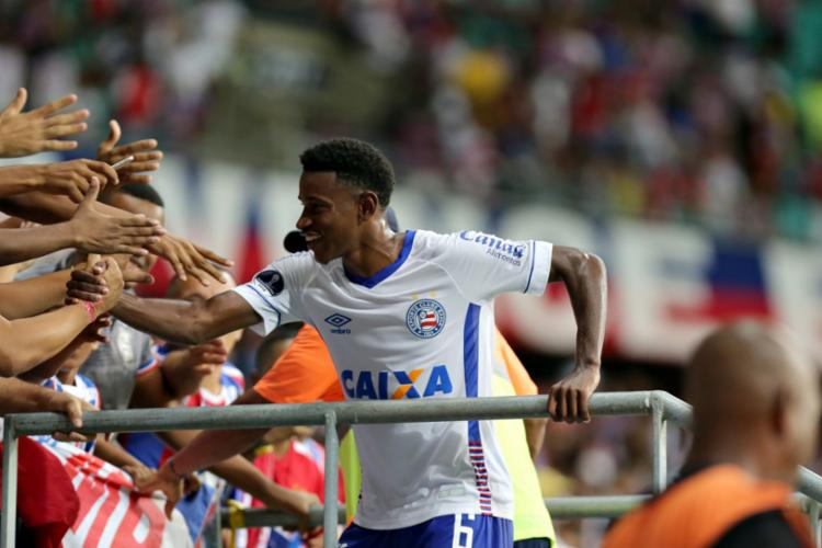 O meia do Bahia vem ganhando cada vez mais espaço no campo e na mídia - Foto: Felipe Oliveira | EC Bahia