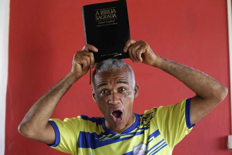 Isidório, o 'Doido' dos votos que elegeu o 'Doidinho' - Foto: Raul Spinassé | Ag. A TARDE