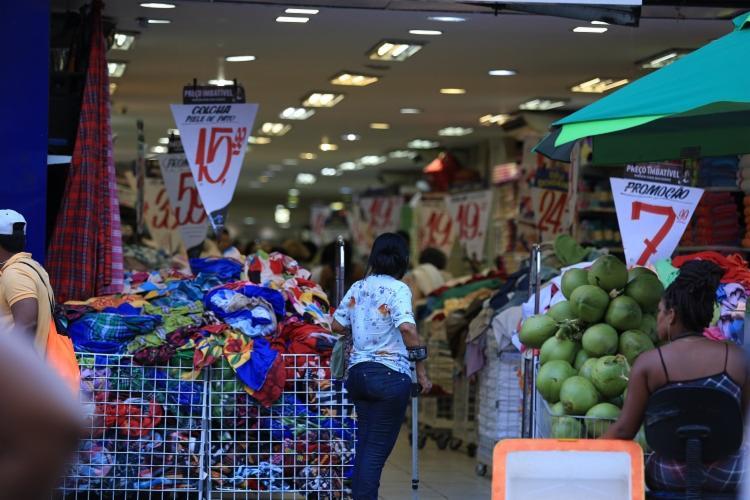 Lojas e supermercados serão fechados em acordo com convenção coletiva - Foto: Joá Souza| Ag. A Tarde