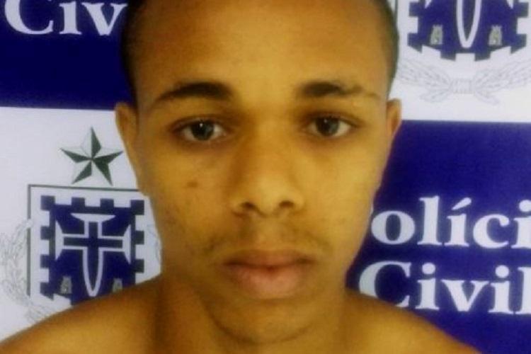 Felipe Souza Santos foi detido ao dar entrada no Hospital Geral Clériston Andrade, após troca de tiros com os próprios comparsas - Foto: Divulgação| Polícia Civil