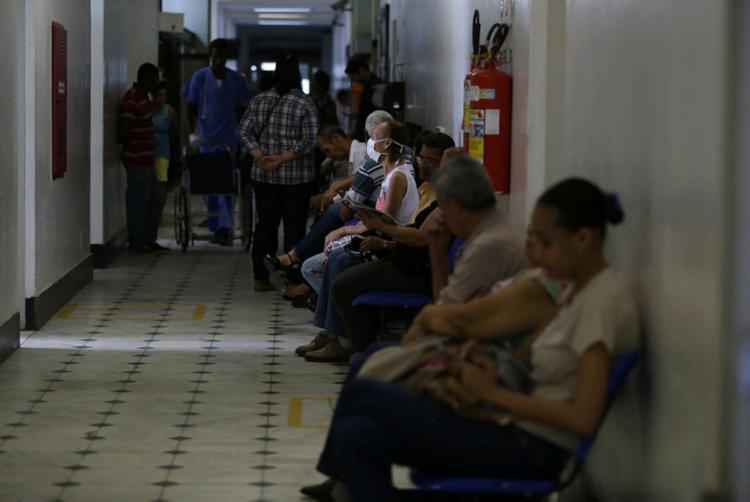 Mais da metade dos municípios baianos têm problemas de saúde pública por falta de saneamento básico - Foto: Joá Souza   Ag. A TARDE   08.08.2018