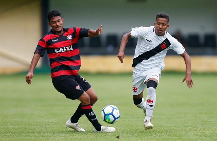 Leãozinho chegou a ficar atrás do placar, conseguiu reagir na partida, mas não evitou a eliminação - Foto: Rafael Ribeiro   Vasco.com.br