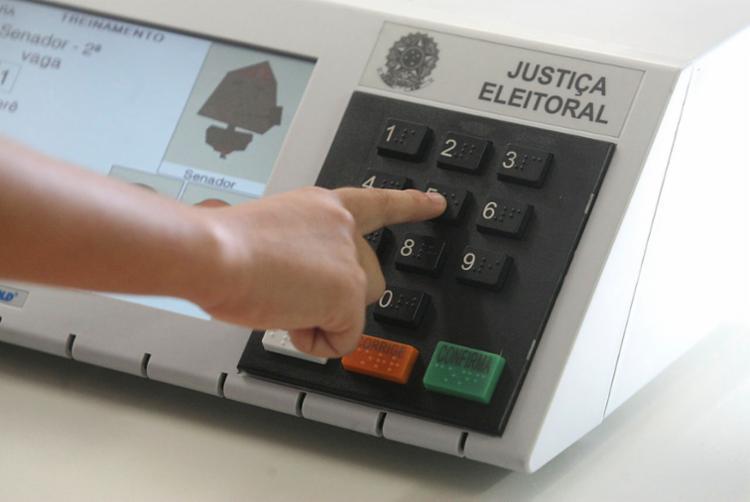 Para o ministro, é inaceitável tentar fazer crer que as urnas são frágeis e passíveis de fraude - Foto: Luciano Carcará | Ag. A TARDE