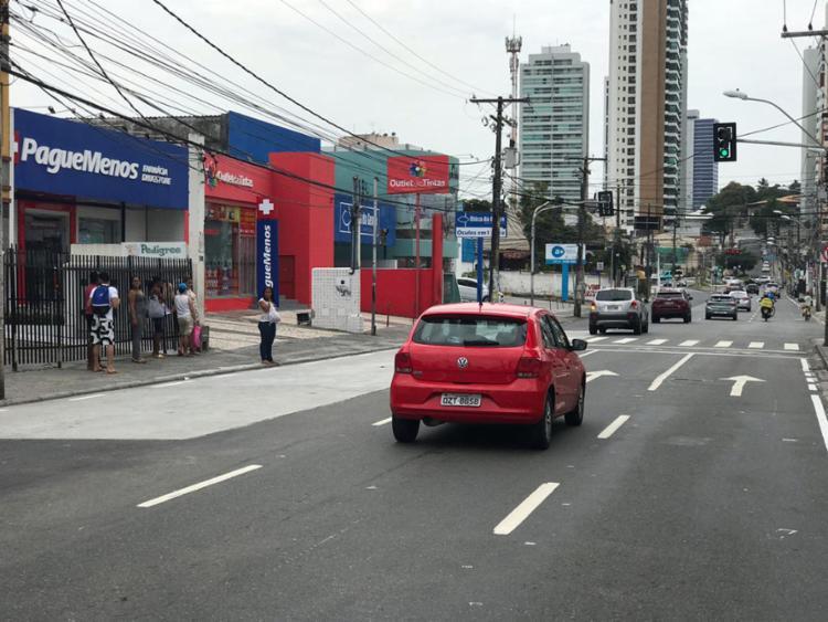 Avenida Paulo VI sem ônibus. Secretário de mobilidade foi notificado pelo MP-BA
