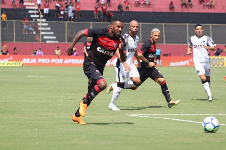 Leão derrotou o Ceará por 2 a 1, pelo primeiro turno, no Barradão