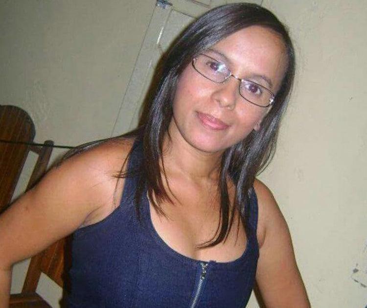 Daniela foi assassinada á facadas e pedradas