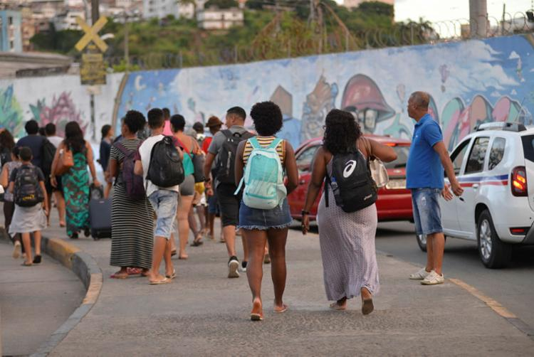 Acesso para pedestres é tranquilo em Bom Despacho e em São Joaquim - Foto: Shirley Stolze | Ag. A TARDE | 01.04.2018