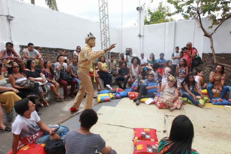 Debates literários, exposições, apresentações artísticas, palestras e contações de histórias estão entre as atividades para adultos e crianças - Foto: Camila Souza/GOVBA