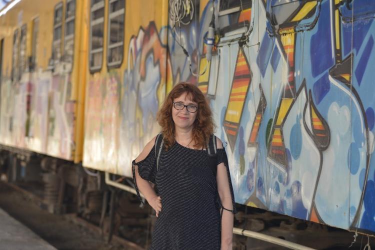 A fotógrafa Rosa Bunchaft, idealizadora do projeto Fototrem na Estação da Calçada