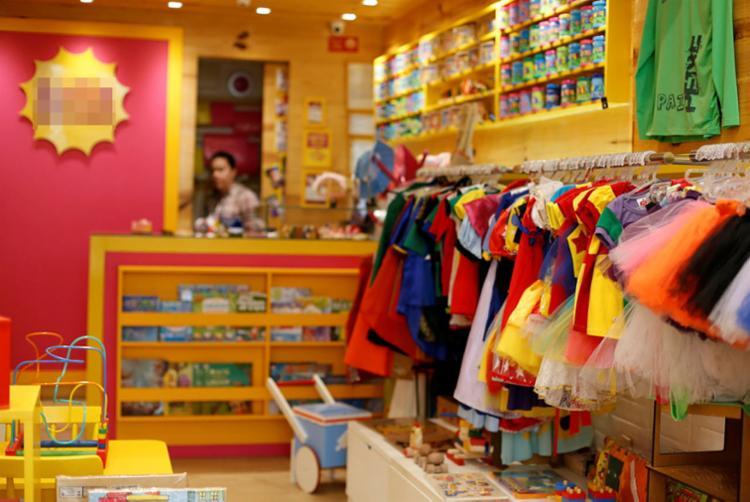 Lojas não poderão abrir neste domingo e em um eventual segundo turno - Foto: Raul Spinassé   Ag. A TARDE