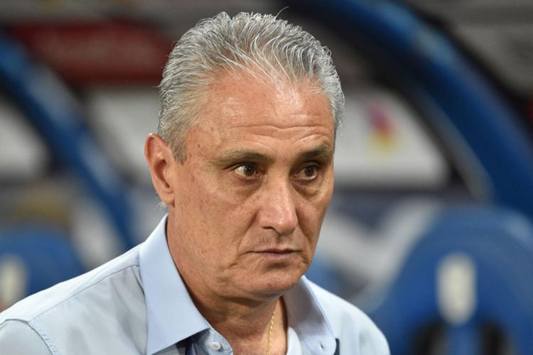 Tite resolveu manter o mistério dos dias anteriores e preferiu não divulgar a escalação da equipe titular - Foto: Fayez Nurdeldine | AFP