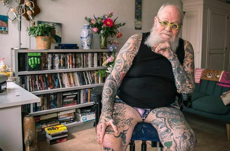 Fotógrafos passaram três anos capturando imagens de pessoas com mais de 65 anos - Foto: Reprodução | GetOud