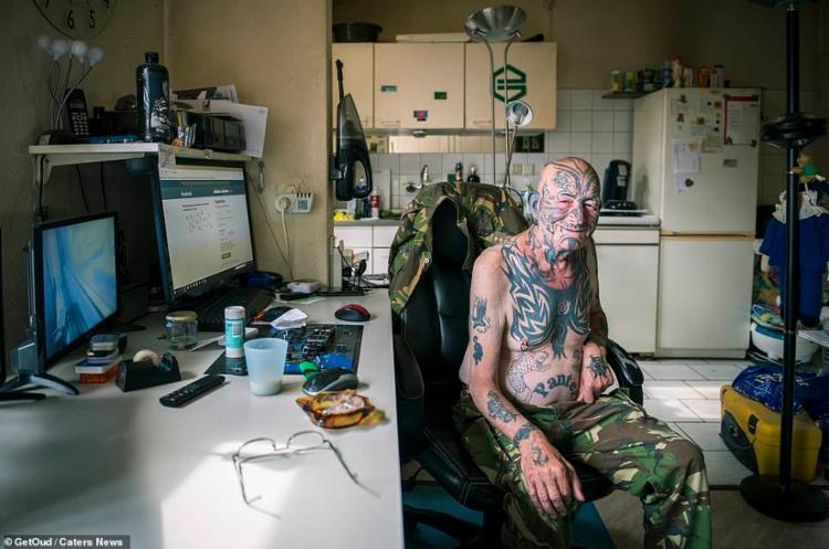 Profissionais provam que as tatuagens das pessoas podem parecer tão legais como antes