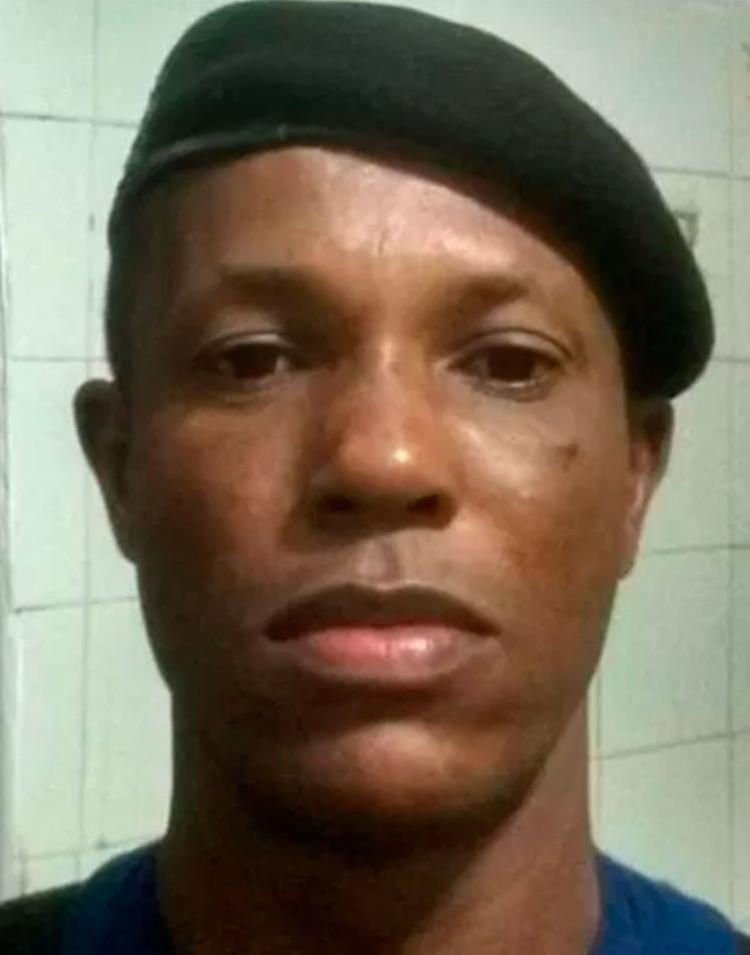 O guarda municipal foi morto a tiros em sua motocicleta por três homens armados. - Foto: Reprodução | Itaberaba Notícias