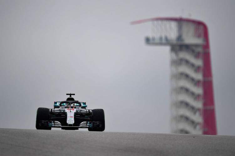 O líder da temporada pela Mercedes só precisou de uma volta em ritmo forte para registrar o melhor tempo, com 1min48s716 - Foto: Clive Mason l Getty Images North l AFP