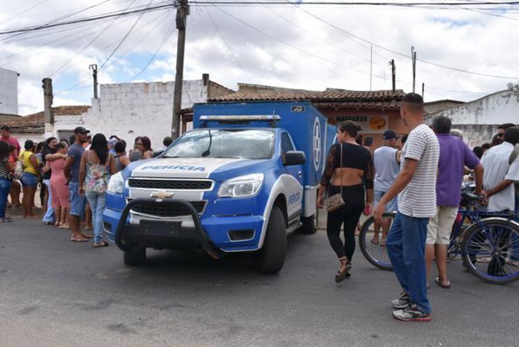 O incêndio ocorreu em um bar localizado na avenida Ilhéus, no bairro Patagônia, em Vitória da Conquista - Foto: Reprodução   blog do Anderson