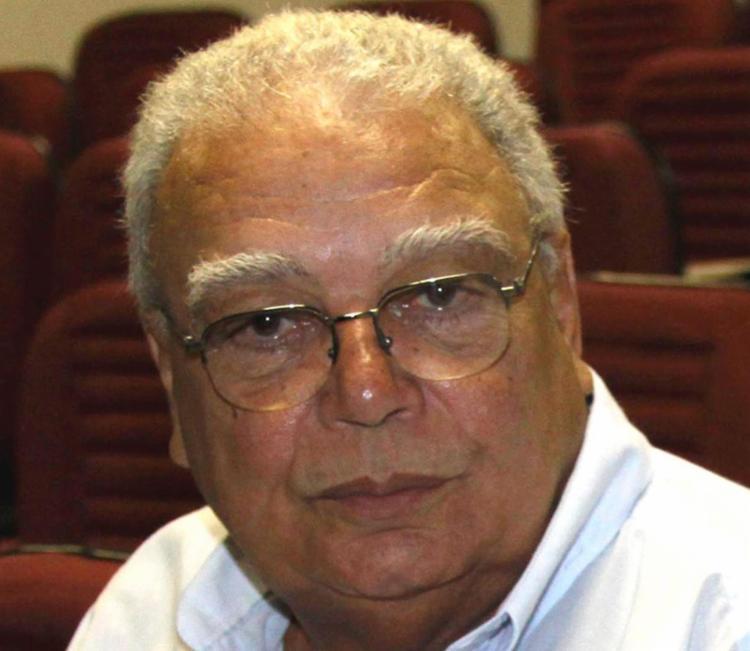 No Jornal A TARDE, Edmundo Lemos integrou o caderno de esporte amador e foi colunista social. - Foto: Divulgação
