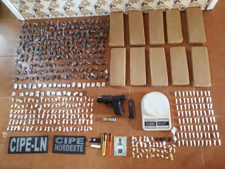 Materiais apreendidos foram encontrados na residência que o suspeito estava - Foto: Divulgação | SSP-BA