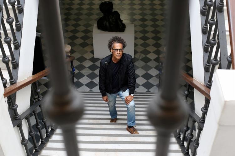O sociólogo e fotógrafo Pedro Arcanjo dirige o MAB desde 2015. Foto: Adilton Venegeroles / Ag. A TARDE
