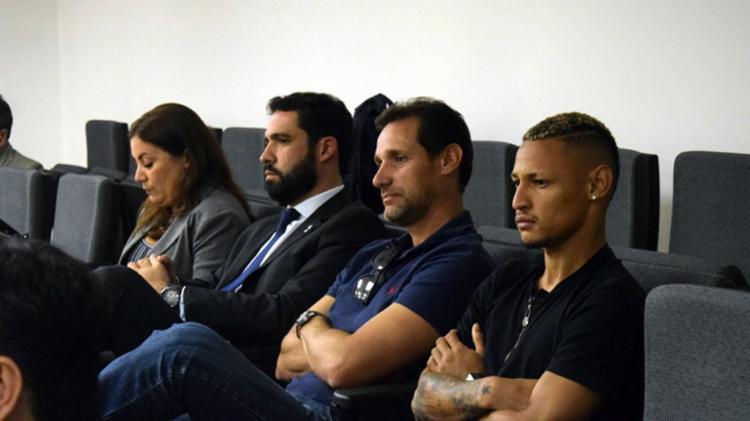 O atacante e o auxiliar pegaram apenas um jogo de suspensão, que já foi cumprido na derrota para o Santos - Foto: Daniela Lameira | Site STJD