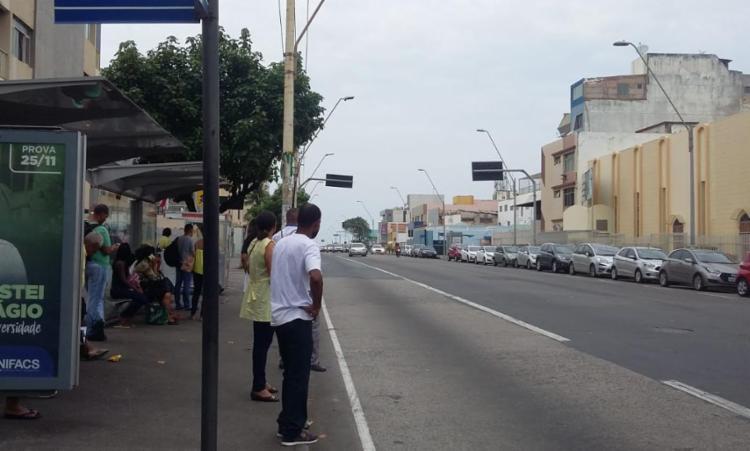 Equipe de A TARDE percorreu a cidade para verificar a situação dos ônibus na capital - Foto: Shirley Stolze   Ag. A TARDE