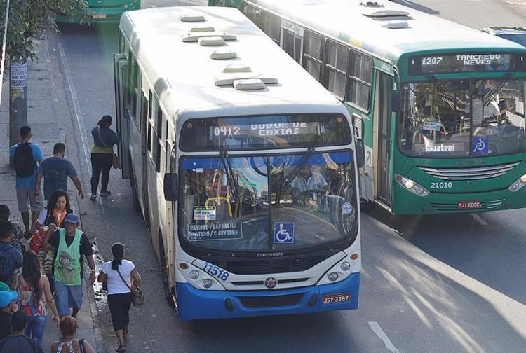 Linhas de ônibus de Salvador vão operar com 100% da frota - Foto: Shirley Stolze | Ag. A TARDE