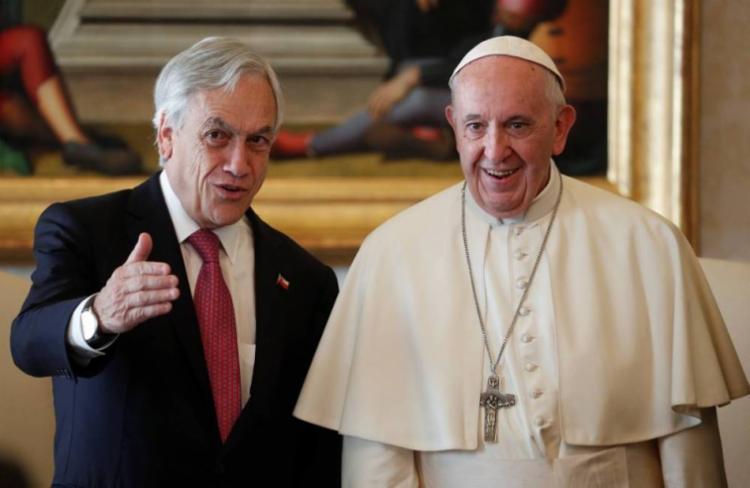 Papa Francisco anuncia a expulsão após reunião com o presidente chileno Sebastian Piñera no Vaticano - Foto: Alessandro Bianchi | AFP