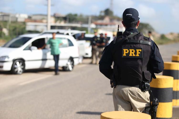 A campanha procura fortalecer fixação do número de emergência da PRF, o 191 - Foto: Joá Souza | Ag. A TARDE