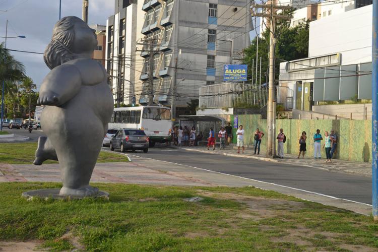 Avenida Adhemar de Barros, em Ondina, é uma das opções para escapar da interdição - Foto: Shirley Stolze   Ag. A TARDE