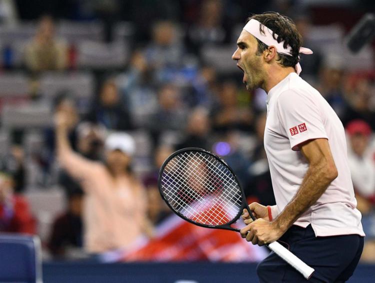 Tenista Roger Federer joga em casa nesta semana o ATP 500 da Basileia - Foto: AFP