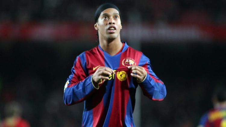 Ronaldinho é embaixador mundial do clube - Foto: Barcelona FC | Divulgação