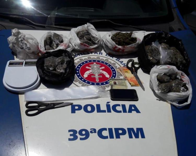 O suspeito e todo o material apreendido foram encaminhados para a 9ª Delegacia Territorial da Boca do Rio - Foto: Divulgação | SSP