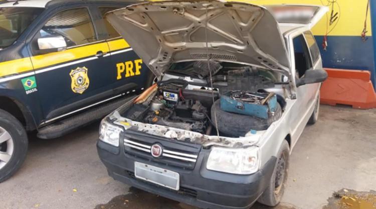 O veículo utilizava placas clonadas com o intuito de burlar a fiscalização - Foto: Divulgação | PRF BA
