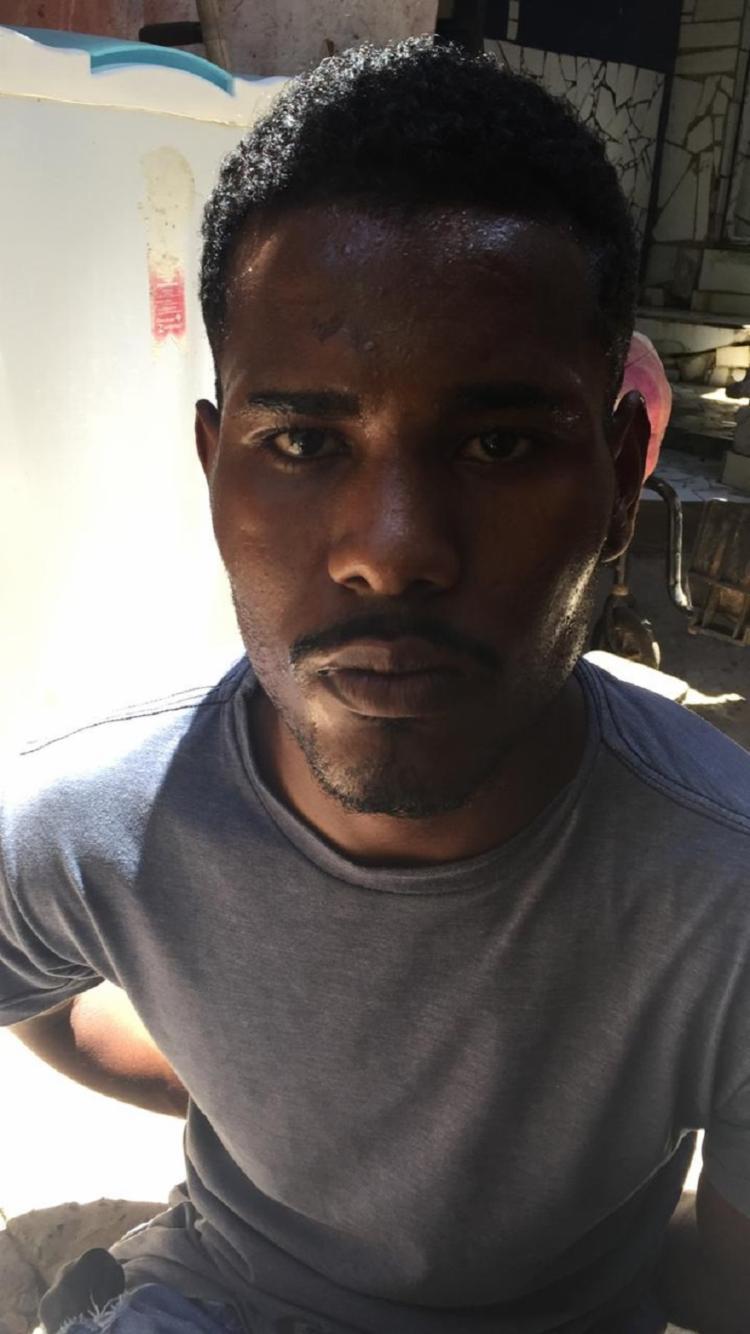 Carlos Eduardo Paixão dos Santos, 19 anos, foi encontrado com uma pistola turca 9 mm