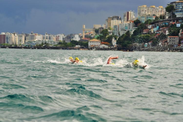 Atletas vão nadar 5 km até a sede do Yacht, na Barra - Foto: Sandra Midlej   Divulgação