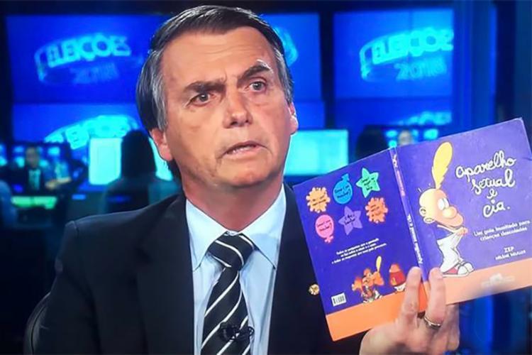 Jair Bolsonaro fez críticas ao livro