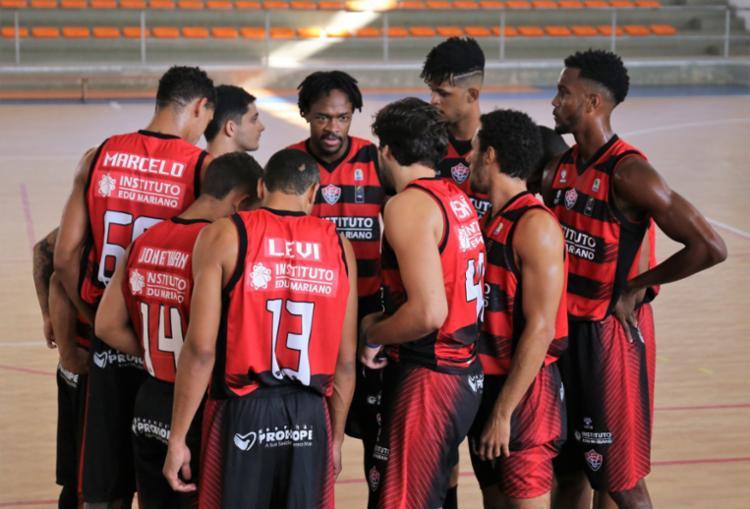 O rubro-negro já está garantido na próxima fase com uma partida de antecedência - Foto: Divulgação | EC Vitória