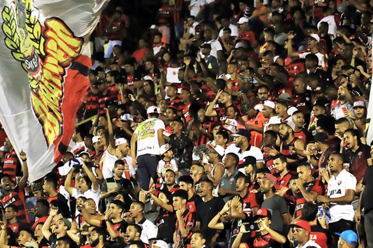 No empate com o Corinthians, mais de 10mil ingressos promocionais haviam sido vendidos até o fim da promoção - Foto: Maurícia da Matta | EC Vitória
