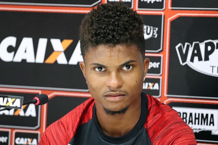 Lucas foi titular nas 8 das 10 partidas desde a chegada de Carpegiani - Foto: Maurícia da Matta   EC Vitória