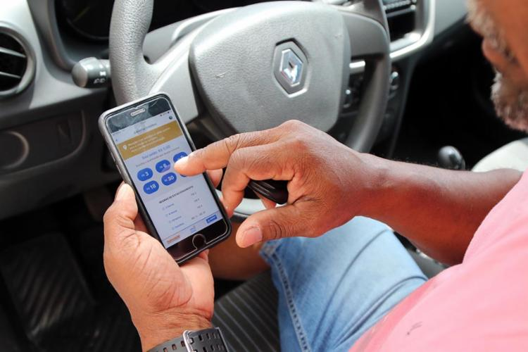 Cerca de 11 mil vagas rotativas de estacionamento são oferecidas no aplicativo - Foto: Divulgação | SECOM