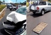 Criminosos batem em carros ao fugir da polícia na avenida Paralela | Foto: Cidadão Repórter