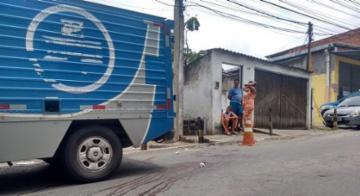 Irmãos foram mortos à poucos metros de casa - Andrezza Moura/Ag. A Tarde