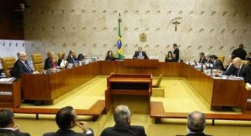 Enquanto Barroso sustenta que cabe ao Supremo decidir, considerando os anseios da sociedade, Moraes entende que o indulto é um prerrogativa do presidente - Divulgação
