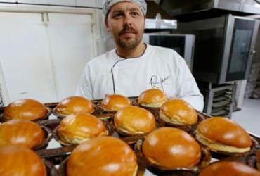 Veja como o 'gringo dos pães' se tornou o fornecedor das hamburguerias de Salvador | Foto: Adilton Venegeroles | Ag. A TARDE