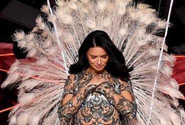 Após 18 anos, modelo baiana deixa time da Victoria's Secret | Reprodução