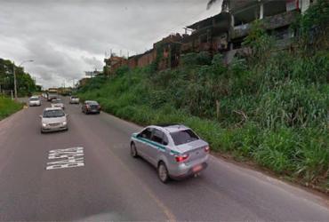 Após atropelar pedestre, motociclista é atingido por caminhão na BA-528 | Reprodução | Google Maps