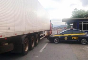 Caminhão carregado com mais de 2.800 litros de cerveja é apreendido na BR-116 | Divulgação | PRF