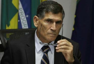 Com um general na articulação, Bolsonaro quer impor nova ordem | Fabio Rodrigues Pozzebom | Agência Brasil